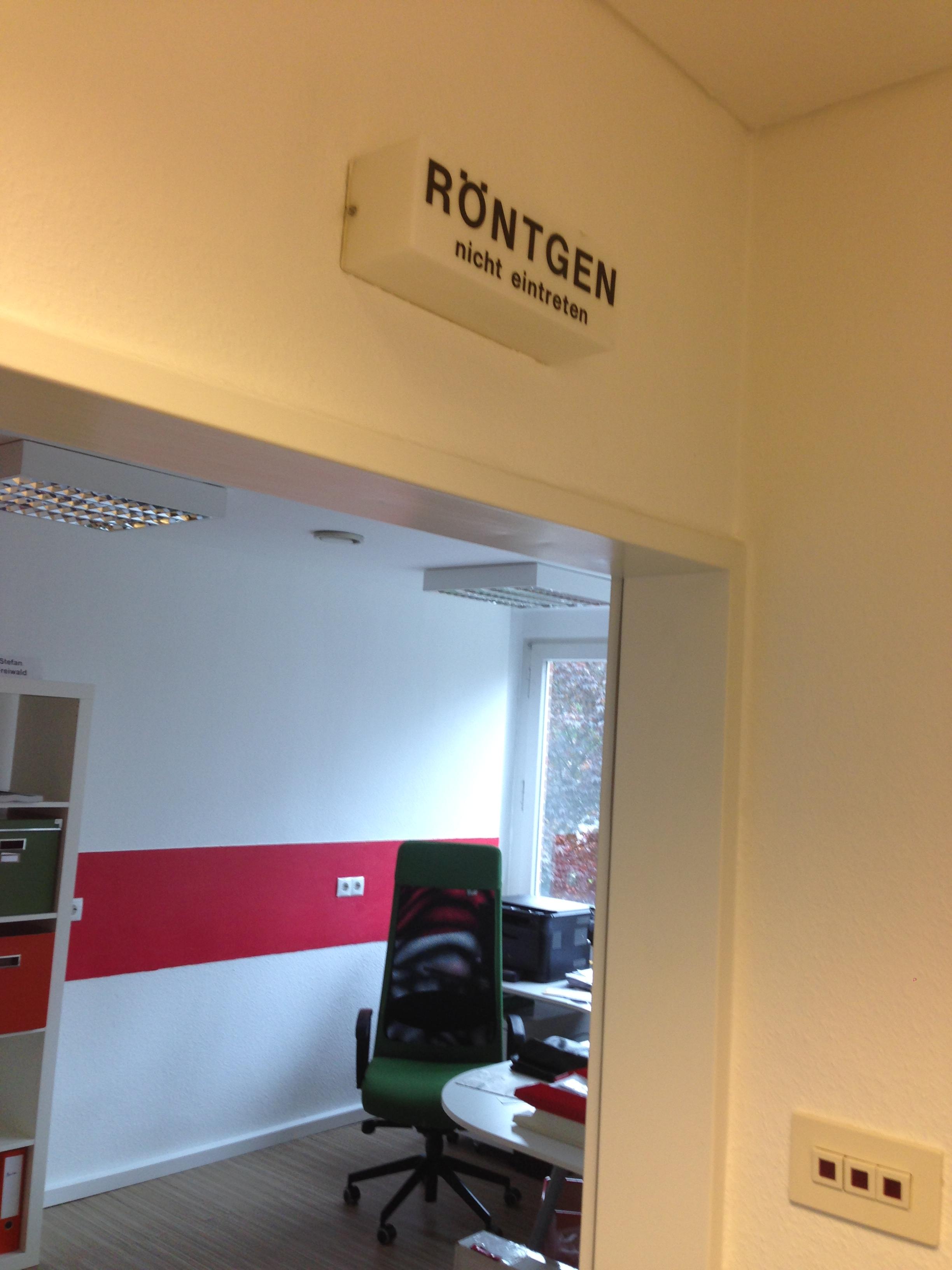 In unserem neuen Büro durchleuchten wir so manche PR-Strategie!